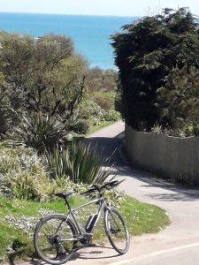 Path to Porthcurno Beach